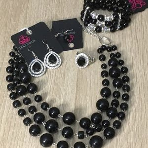 Jewelry - Paparazzi 4 piece set